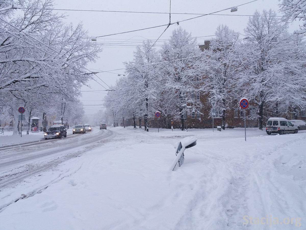 Lomonosova iela